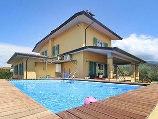 Villa Azzurra, Capezzano Pianore
