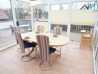 Zwei separate Schlafzimmer, Dachterrasse und Garten!