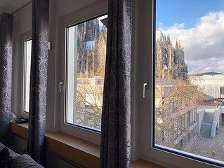 DOMBLICK! Wunderschöne Wohnung - super zentral - im Herzen Kölns