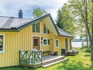 1 Zimmer Unterkunft in Lögdeå
