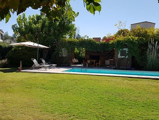 Beautiful house in Chacras wine country. Swimming  pool.