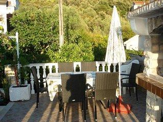 Romantic apartment with sea view Vinisce, Dalmatia