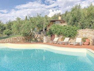 Schone Panoramavilla mit Pool und Garten