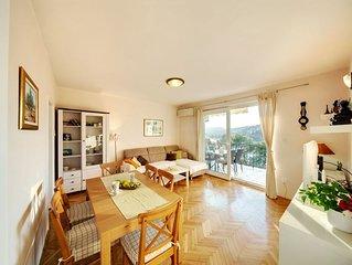 Schone Wohnung mit Meerblick und mediterranem Garten