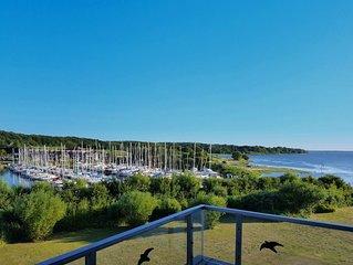 Ferienwohnung mit fantastischem Blick auf Ostsee, Hafen, Walder und Felder