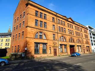 3 bedrooms apartment in Stunning Glasgow City Centre Sandstone Conversion