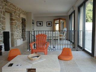 calme, 6 kms de la plage, rénové dans maison de 1850, extérieur privatif 100m2
