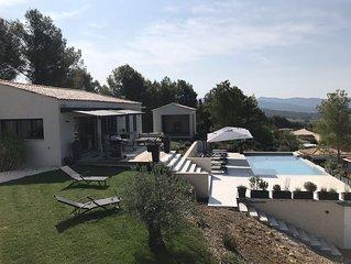Splendide Villa Moderne Vue Mer Piscine débordement Vignobles Bandol Le Castelet