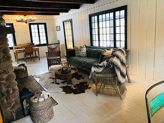 Catskills Cozy Cottage Mins fr Town-Hike, Ski or Just Retreat