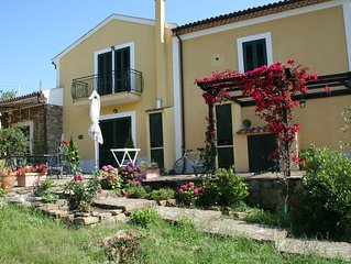 Casa Julia - Komfortable Ferienwohnung in ehemaligem Gutshaus in Panoramalage