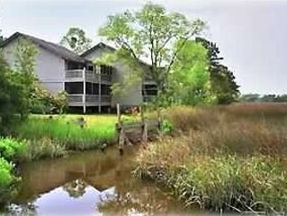 St Simons Island vacation MARSHFRONT Condo w/ GREAT VIEW, Pool, Pond. Near Beach