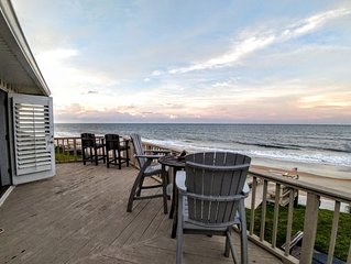 Direct Oceanfront Home, Pool, Hot tub, and Dock with Boat lift and River Access