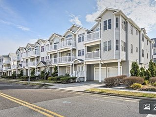 *New Listing* Discounted rates!  N. Wildwood Beach Block Condo, great location!