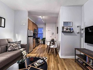 PERFECT 2 BEDROOM 3 BEDS TIME SQUARE/HELLS KITCHEN/BROADWAY