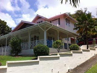 Spacious plantation style Villa in a private cul-de-sac