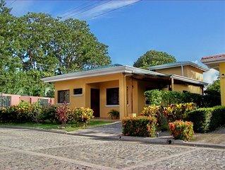 Comfortable & Secure House in Bejuco de Parrita