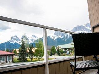Downtown Canmore condo – 180 degree mountain views