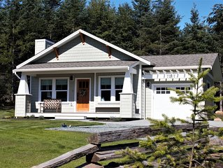 Bright modern cottage on acreage minutes from Sooke