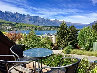 Quintessential Queenstown Cottage, Panoramic Views