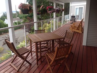Nanaimo Ocean View Guesthouse - One Double Bed Room with sea view