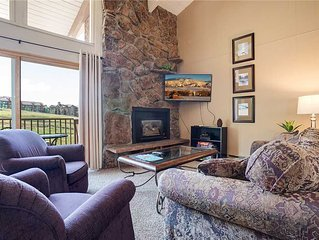 Ski-in/Walk-out ~ Top-floor condo with Mountain views!