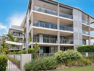 Spectacular Unit Overlooking Pumicestone Passage -  Welsby Pde, Bongaree