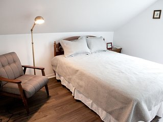 Lit queen/Queen size bed