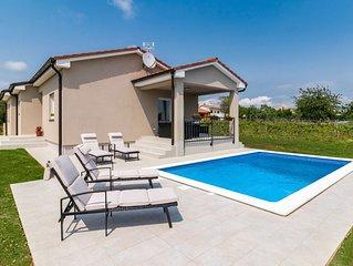 Neue stilvolle Villa, im Herzen von Istrien