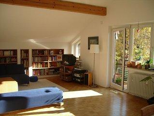 Grosszügige helle 3- Zimmerwohnung mit 2 Schlafzi. und 2 Bädern, absolut ruhig.