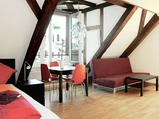 LU Mars IVa - Chapel Bridge HITrental Apartment