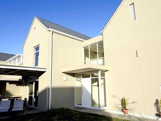 Neu erbautes Ferienhaus 212qm im Somerset Lakes Estate mit Clubhaus und Pools