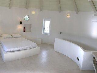 Moulin confortable  sur l île de kea à 200 mètres des plages.
