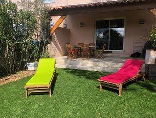 Charmante Maison  au calme à 4km de saint tropez - Piscine - golf -Tennis - wifi
