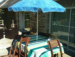 Joli apt avec jardin and terrasse