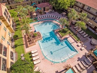 Friends and Family Getaway! Two Lovely 2BR Apartments, Pools, Parking, Shuttle