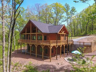 Sweet Serenity is a family friendly cabin with mountain view sitting 2265 ft. ab
