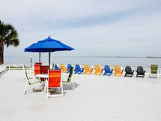 Great Find! Two Bay View 1BR Family Suites, Pool, Airport Shuttle, Volleyball