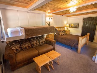 Slopeside Condo at Sunlight Mountain Resort - Studio. 1 Queen Bed, 1 Queen Sofa