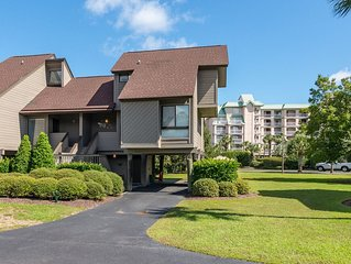 2bd 2ba Heron Marsh Condo in Litchfield by the Sea