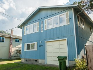 Escape to Pacific City in this pet friendly vacation home close to the beach!