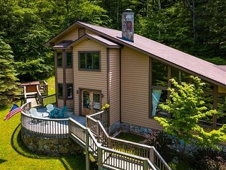 Spacious 4bd 2.5 ba well kept Private Mountain Retreat! Hot Tub, Pool Table