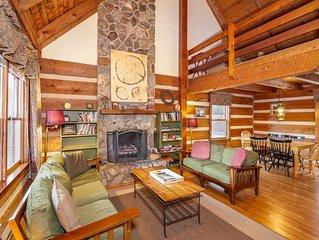 Trailhead Cabin - King Suite, Fireplace, Pet Friendly, Near Boone & Blowing Rock