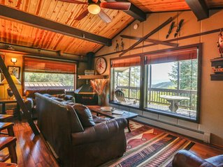 Slopeside Condo at Sunlight Mountain Resort - One Bedroom with Loft. 1 Queen Bed