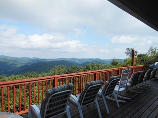 5BR, Big Views, Pool Table, Foosball, Between Boone & Blowing Rock. Great Locati