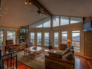 Mountain Home with Big Views, Hot Tub, Pool Table, 2 King Suites, Stainless/Gran