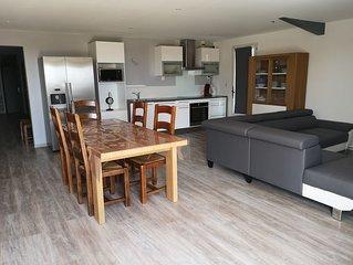Location maison 120 m2, climatisee, entouree de bois, pour les vacances