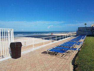 Beautiful Oceanfront Condo on Daytona Beach