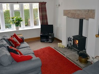 2 bedroom accommodation in Haworth