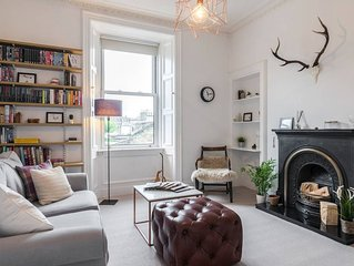 Comfortable & fashionable apt in trendy Portobello