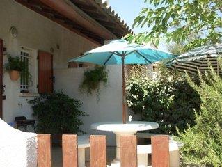 Appartement tout confort dans residence tranquille avec piscine et parking